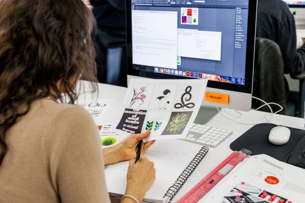 What Is The Salary Prospects For A Graphic Designer In India?